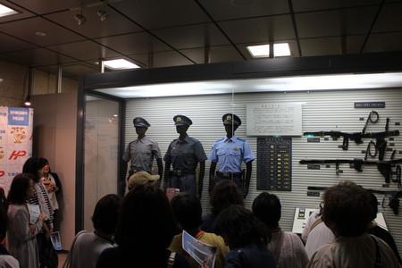 ⑥制服や帯革の移り変わりを学びました.JPG