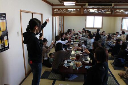 7 「かんぱ~い!」クリスマス会の始まりです♪IMG_3514.JPG
