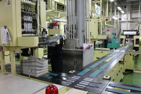 4 機械が自動的に必要部数を数えて束を作ります.JPG